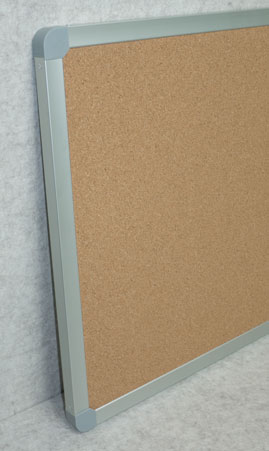 Photo of a Vista heavy duty cork board from an angle